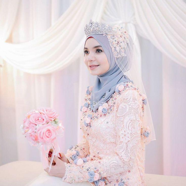 Khairil annas wedding dress