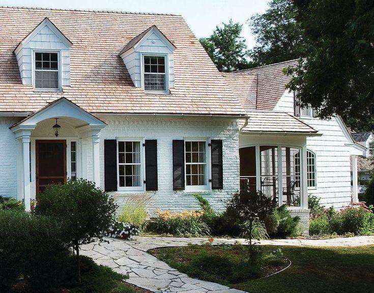 Exterior Colors, Exterior Paint, Exterior Design, Painted Brick Houses,  White Bricks, Traditional Exterior, Home Exteriors, White Houses, Stone  Paths