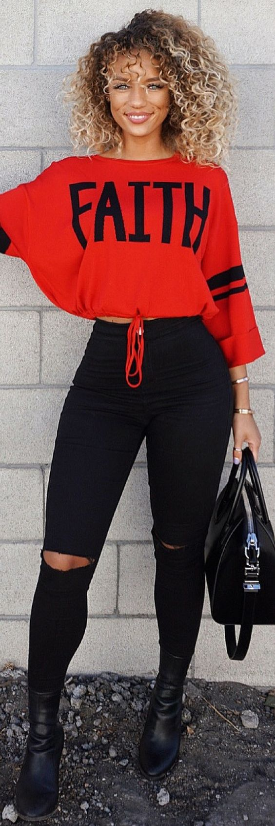 10 Of The Best Winter Outfits That Look Fantastic https://ecstasymodels.blog/2017/12/12/10-best-winter-outfits-look-fantastic/