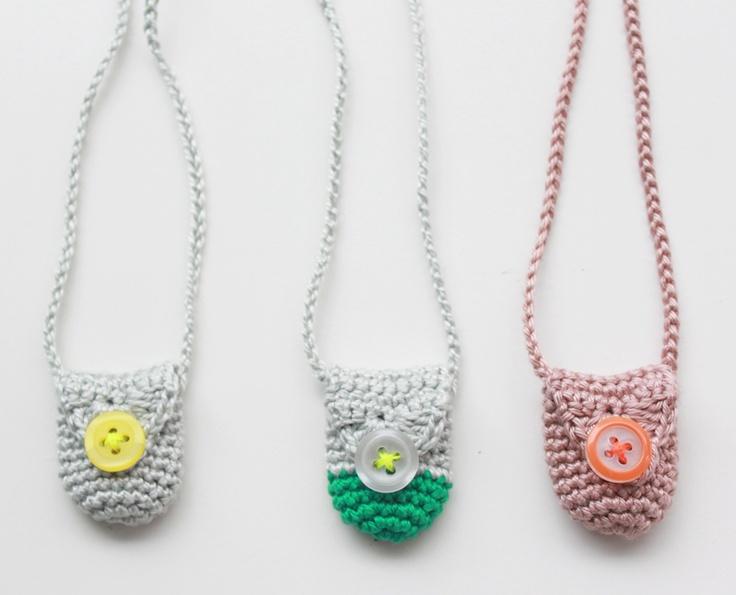 Lutter Idyl: crochet amulet-bag (necklace) My Crochet ...