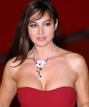 Monica Bellucci Biography, Monica Bellucci Bio data, Profile, Videos, Photos