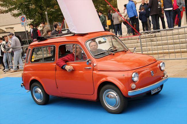 1968年に「フィアット500」のバン仕様の生産をアウトビアンキに移したことで誕生した「アウトビアンキ500ジャルディニエラ」。77年まで生産された