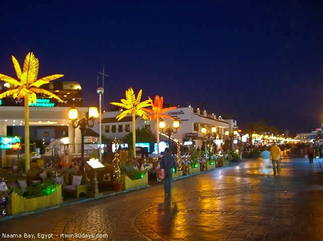 Sharm el-Sheikh, Sinai Peninsula, Egypt - http://destinations-for-travelers.blogspot.com/2014/01/naama-bay-sharm-el-sheikh-sinai-peninsula-egypt.html