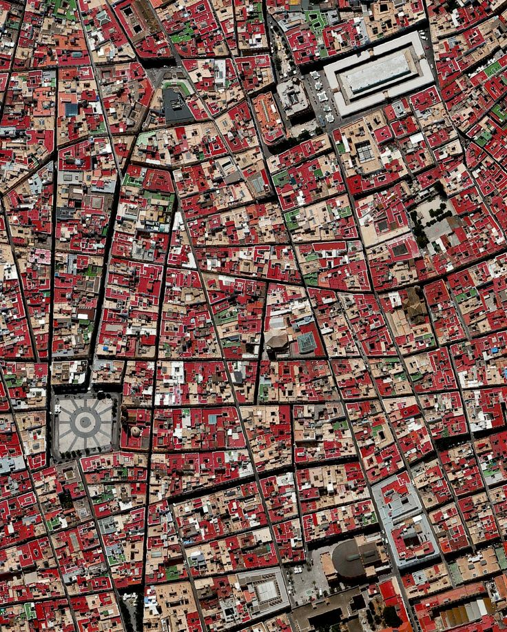 "dailyoverview "" Cádiz is an ancient port city surrounded"