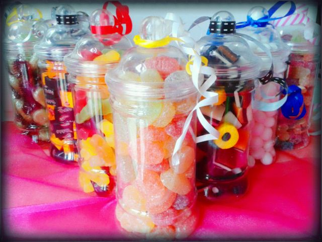 What is your favourite sweet?? #sweets #treat #sweetgift #jar
