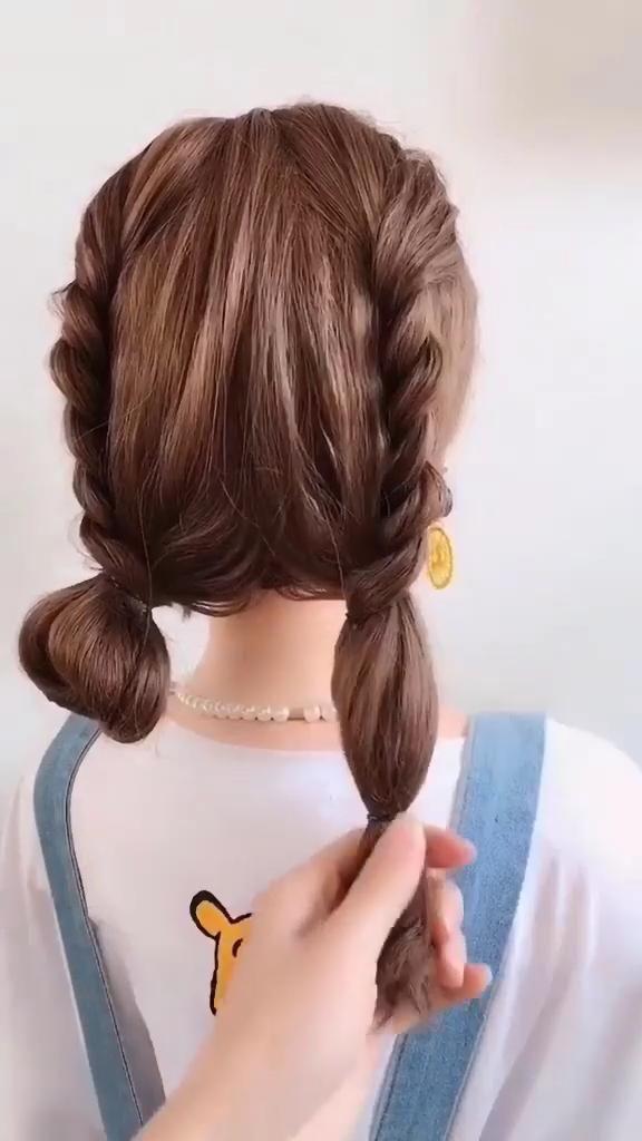 Hair Salon Ideas 01 In 2020 Hair Styles Curly Hair Styles Salon Hair Color