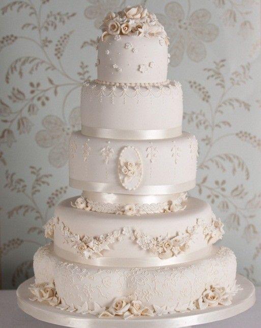 Risultati immagini per torte nuziali romantiche