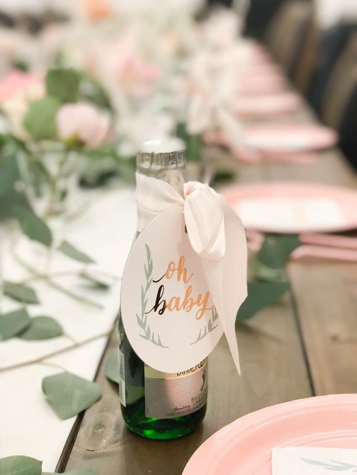 Baby Girl Rustic Floral Baby Shower | Baby Shower Brunch | Baby Shower Ideas | Baby Shower Food | Baby Shower Games