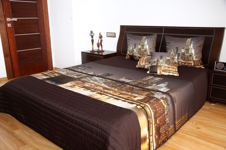 Narzuty na łóżko do sypialni w kolorze brązowym z motywem wielkiego miasta