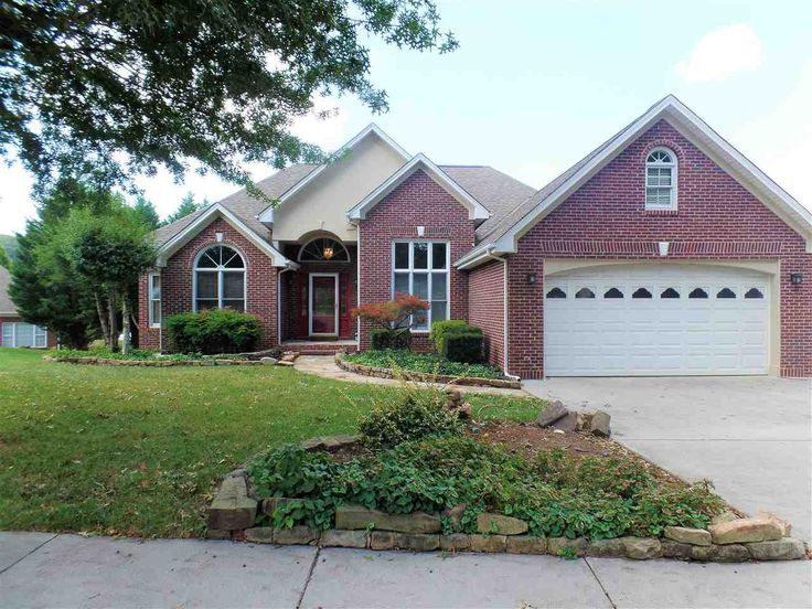 Wonderful all-brick single-family home located in Lochmere. This home makes a statement from the moment you walk in! Large and gorgeous foyer that opens up to the living room and kitchen. Hardwood flooring throughout, vaulted ceilings in the foyer & living room, trey ceilings in the master bedroom, and an office/bonus room on main level.  Call Fassler King today for a private tour. (423) 312-4543  Listing Provided By: Lisa Brown & Ana Langlois, CRYE*LEIKE (423) 586-3100