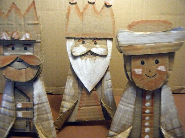 The three king of Orient. Made with cardboard.