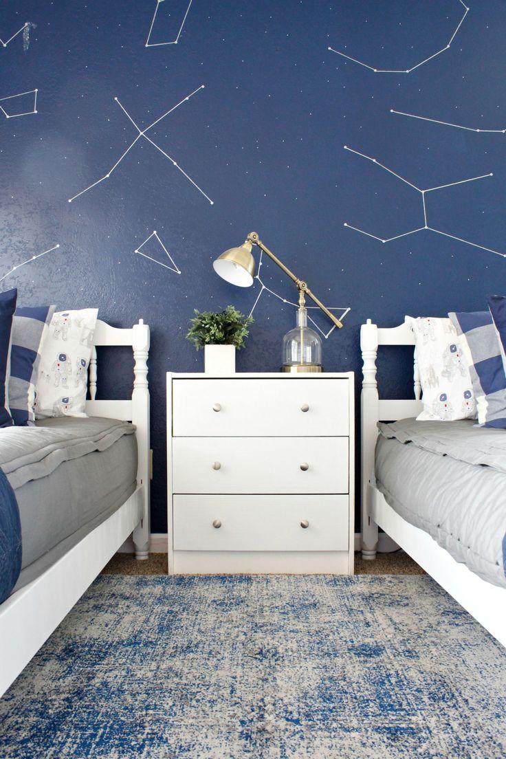 Boy's Space Room Makeover - www.classyclutter.net