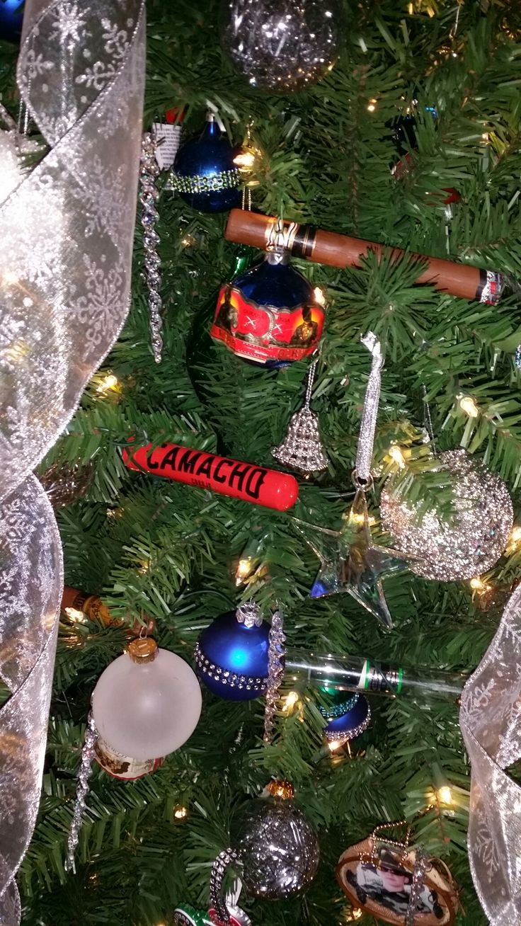 Glue for glass ornaments - Glass Ornaments With Cigar Bands Hot Glued On Diy