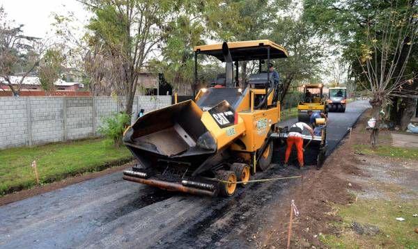 """El """"Plan de Pavimentación 2017"""" de Tigre avanza en El Talar"""
