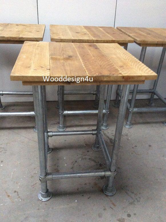 Stoere bar tafel van oude steigerdelen met steigerbuis onderstel. Wooddesign4u