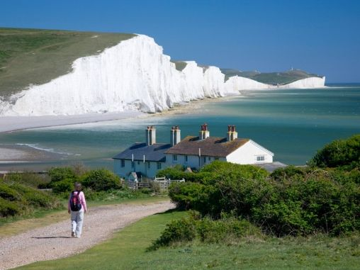 Three Easy Day Trips from London - like the idea of seeing some countryside after a week in the big city