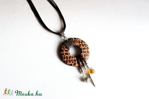 Meska - Modern safari nyaklánc, medál süthető gyurmából Rdesign kézművestől