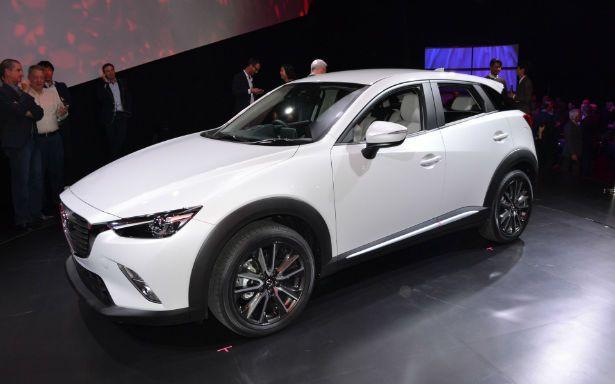 2016 Mazda CX-3 (White)