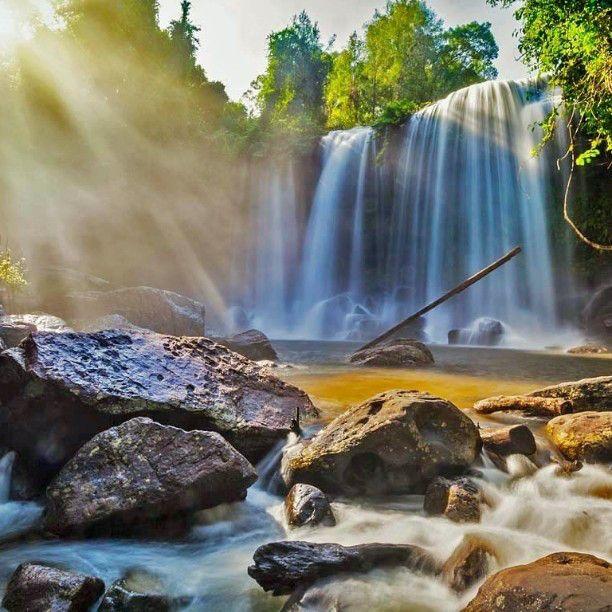 Waterfalls in Phnom Kulen National Park Cambodia #HeathrowGatwickCars.com