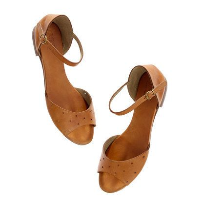 The Holepunch Flat Sandal by Madewell | #madewell #shoes