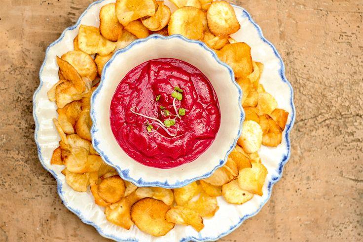 Dip de Beterraba, com Chips de Mandioca ♥ GlutenFree com paixão