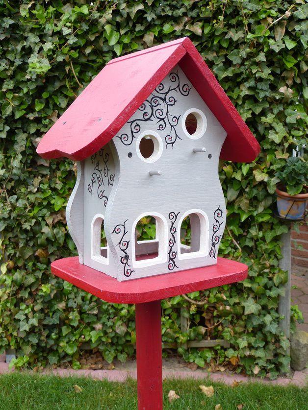 Nistkästen & Vogelhäuser - Großes Vogelhaus,Nistkasten,Vogelvilla,Vogelhäuser - ein Designerstück von spyke-1970 bei DaWanda