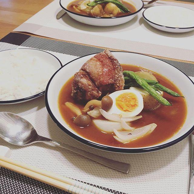 スペアリブでスープカレー(*⁰▿⁰*) お肉のボリュームすごかった(*⁰▿⁰*) #カレー #スープカレー #肉 #ばんごはん #晩ごはん #おうちごはん #ふたりごはん #dinner #献立 #夜 #よるごはん #夕食 #menu #日々 #暮らし #ごはん #食卓 #cookingram #クッキングラム #料理 #レシピ #instafood #foodpic