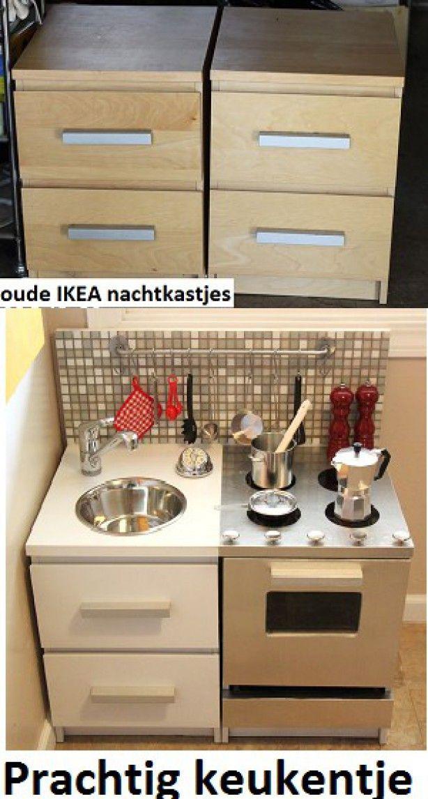 Verf de oven in een zilverkleur (RVS) en maak van 2 stukken hout en daartussen plexiglas de ovendeur. gebruik een honden kom als gootsteen . Knopjes voor het gasstel.