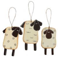 Sweet sheep! These would look so cute on a Christmas tree!