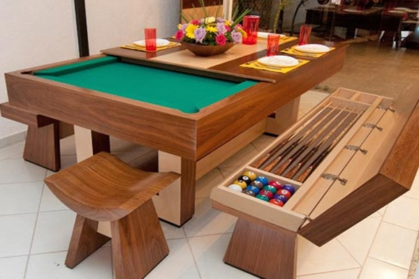 Convertible dining table/ pool table!  Cool huh? space-saving design. The table comes with two benches, storing golf clubs, balls and chalk packages. In addition, the set comes with two stools smaller for the ends of the table