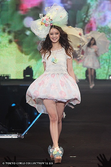 @ TGC (Tokyo Girls Collection - S/S 2012)