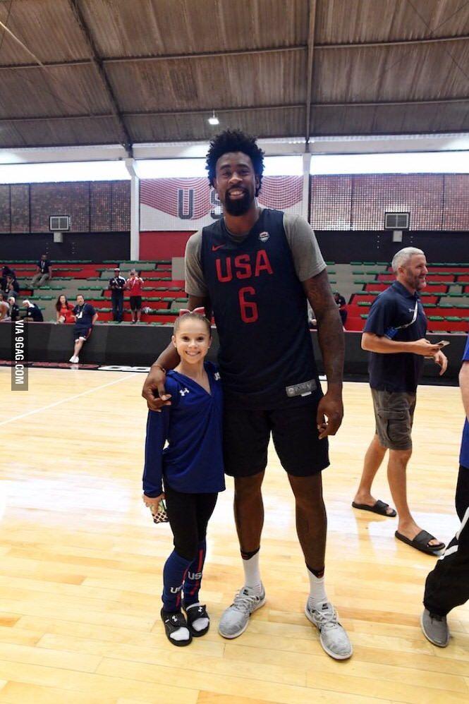 Deandre Jordan (6'11) with 16yr old Team USA gymnast Ragan Smith (4'6) - 9GAG
