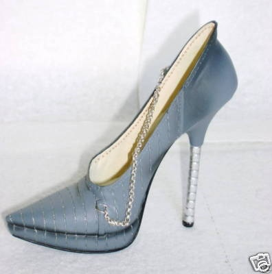 """Another """"Just the Right Shoe"""" collectible I have added to my collection."""
