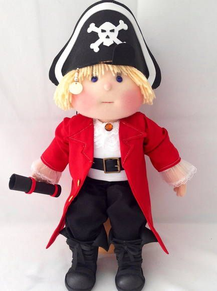 Boneco Pirata Personalizado 37 cm  bota em EVA Feito sob encomenda consultar prazo de entrega R$ 220,00
