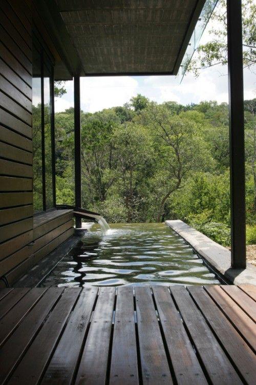 Deck Infinity Pool