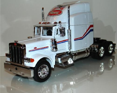 New Cast Peterbilt 379 Tractor Trailer Head Model Semi Truck Welly Scale 1 32 Collectible Cars Trucks
