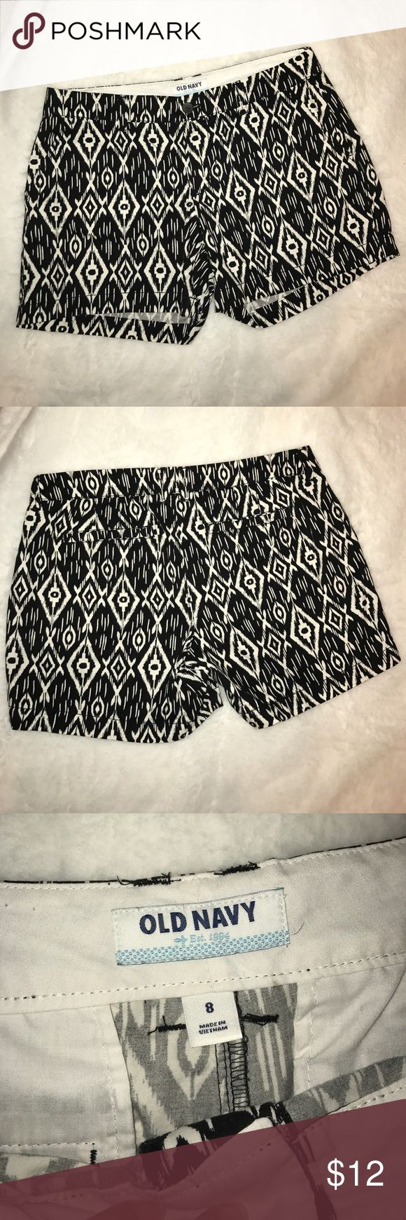 Black and White Aztec Print Shorts Black and White Aztec print Old Navy shorts. 100% cotton. Two front and back pockets. No stains. No stretch. In really good condition. Old Navy Shorts