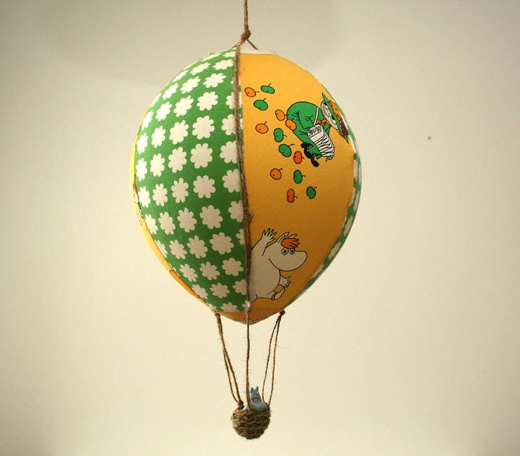 Hot air balloon with Moomin character