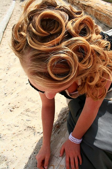 Vintage Pin Curl Hairstyle