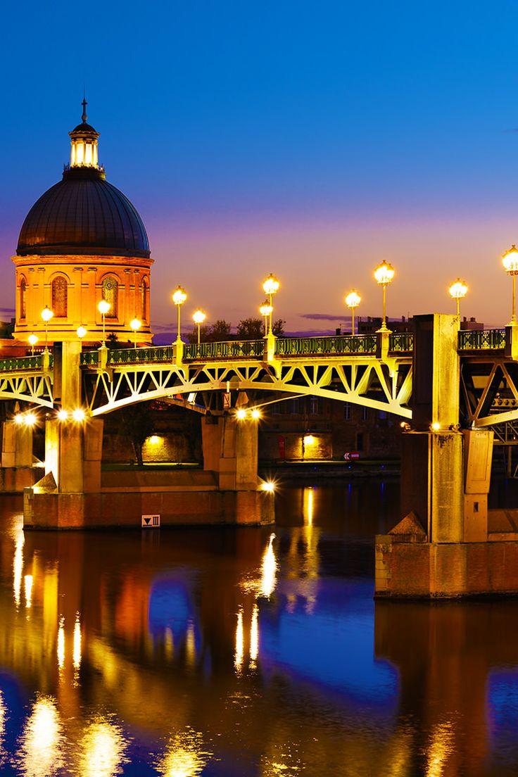 حجز فنادق في تولوز فرنسا مدينة رائعة وسياحة ممتعة مناظر