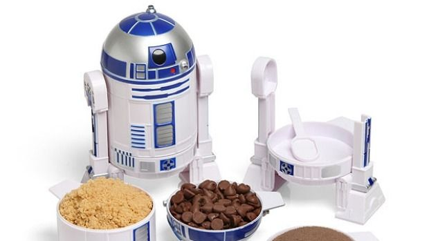 R2D2 measuring cups. From  '10 Ways To Star Wars Up Your Kitchen' on goodfood.com.au.