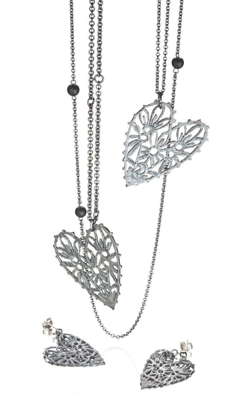 Carina Blomqvist, Sorella earrings and necklace, http://www.carinablomqvist.fi/