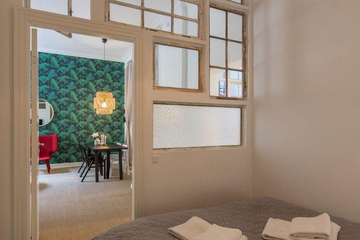 Gjenbruk av gamle vinduer som romdeler (Esplanaden 46 - Hotels.com)