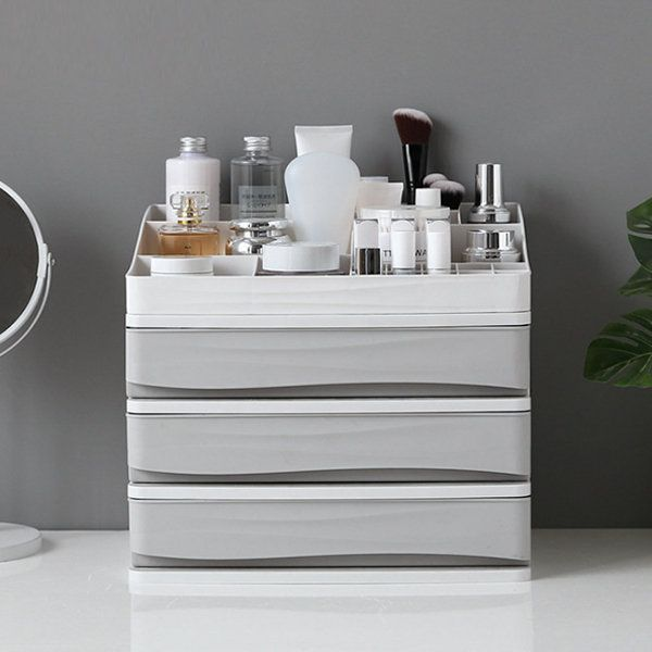Makeupstorage In 2020 Plastic Storage Drawers Makeup Storage Caddy Makeup Storage Box