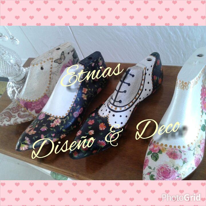 hormas de zapatos pintadas y decoupage
