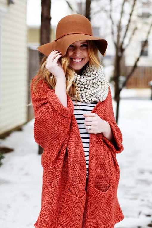 chunky scarf. stripes. coral.