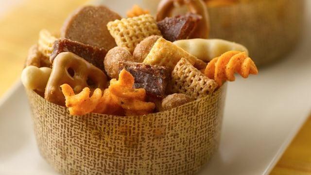 Carolina Barbecue Chex Mix®: Chexmix, Beef Jerky, Recipe, Carolina Bbq, Carolina Barbecue, Snacks Mixed, Barbecue Chex, Chex Mixed, Parties Mixed