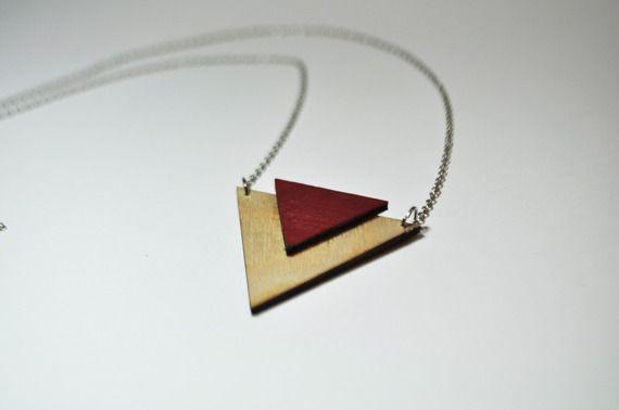 Collana geometrica rossa in legno tagliato al laser #Collana #geometrica #rossa #legno #laser #lasercut #diy #wooden #necklace