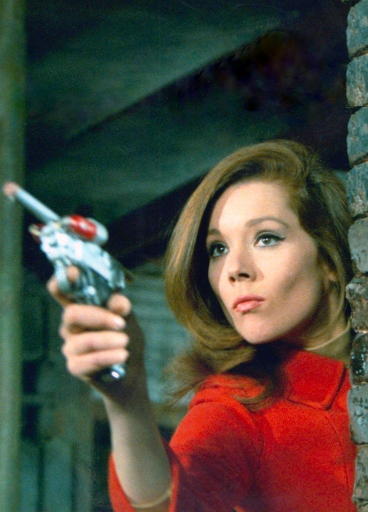 DIANA RIGG as Mrs EMMA PEEL in the cult British TV classic THE AVENGERS in seasons 4, 5 & 6 1965-1968. Emma Peel was John Steed's second partner after Cathy Gale (Honor Blackman), both were 'Bond girls'. Diana Rigg married James Bond (George Lazenby) in On Her Majesty's Secret Service (1969) After an extensive career in film & theatre she now appears in Game of Thrones as Lady Olenna Tyrell (please follow minkshmink on pinterest) #theavengers #dianarigg #emmapeel #mrspeel #mod #sixties…