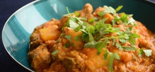 Mild lamb curry